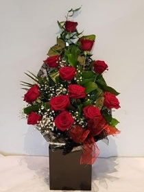 Luxury Valentine Front Facing Bouquet